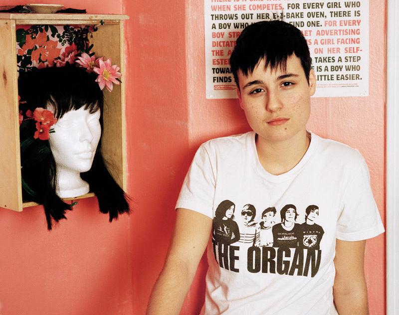 JJ Levine, Logan, 2006, de la série / from the series Queer Portraits, 2006-2010, épreuve chromogénique / c-prints, 76 x 102 cm ou 50 x 60 cm. © JJ Levine