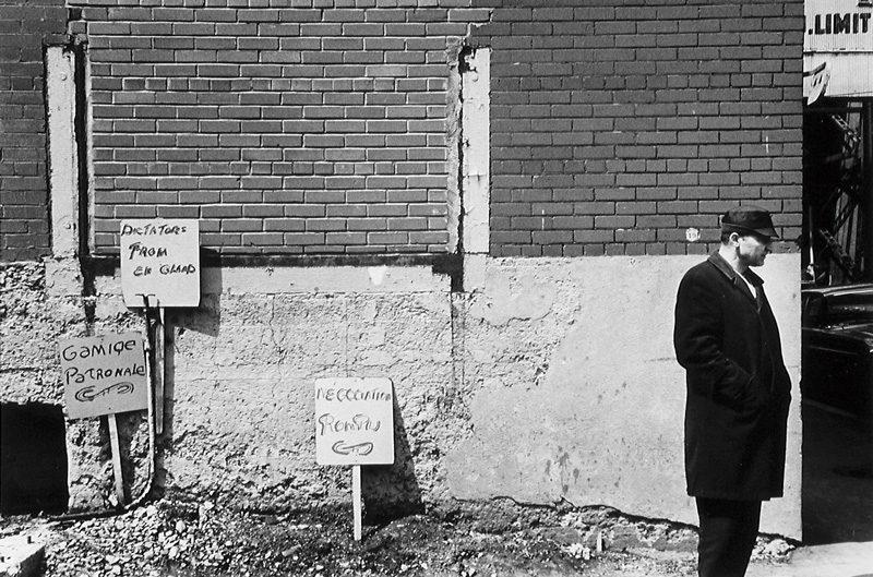 Pierre Gaudard, Grève chez Redpath, Pointe St-Charles, 1969 (tirage / print 1980), 28 x 35,6 cm. © Tous droits réservés