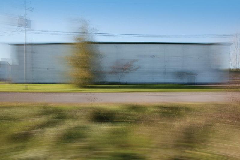 Sylvie Readman, Sans titre (Avenue de l'Aviation), de la série / from the series À contretemps, 2011, épreuve au jet d'encre. © Sylvie Readman