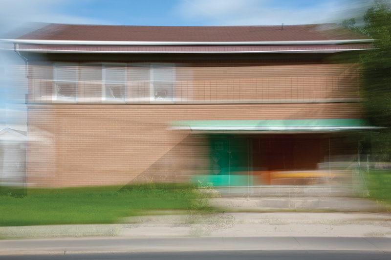 Sylvie Readman, Sans titre (Rue de Tonnancour), de la série / from the series À contretemps, 2011, épreuve au jet d'encre. © Sylvie Readman