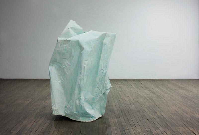 Pascal Grandmaison, Desperate Island 1, 2010, sculpture with hydrostone plaster, fiberglass, studio photo background paper, 139,7 x 102,9 x 58,4 cm, photo : Richard-Max Tremblay . © Pascal Grandmaison