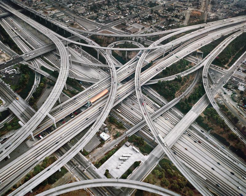 Edward Burtynsky, Highway #2, Los Angeles, California USA, 2003. © Edward Burtynsky