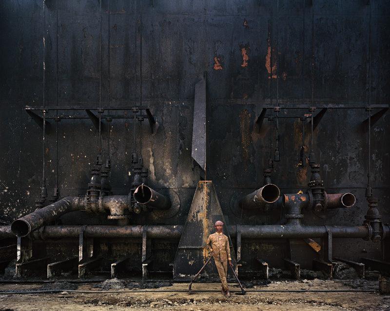 Edward Burtynsky, Shipbreaking #23, Chittagong, Bangladesh, 2000, épreuves chromogéniques / c-prints. © Edward Burtynsky