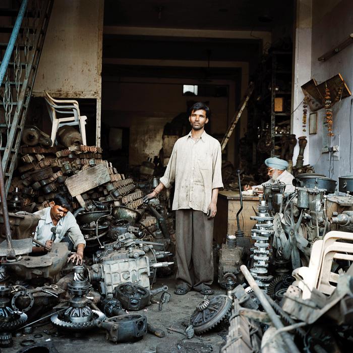 Denis Bourges, Les Casseurs de Mayapuri, New Delhi, Inde, 2008. © Denis Bourges