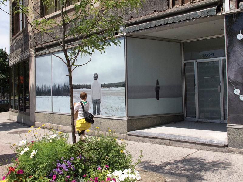Adam Simms, Sublime, 2012, installation view, À louer / For Rent project, courtesy of uma. © Adam Simms