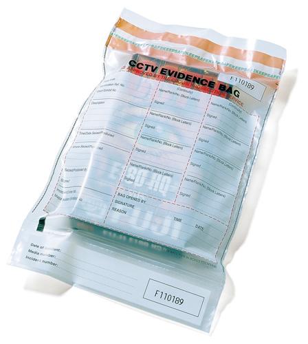 Fujifilm, CCTV (vidéo surveillance en circuit fermé / closed-circuit television), sac pour pièces à conviction / evidence bag