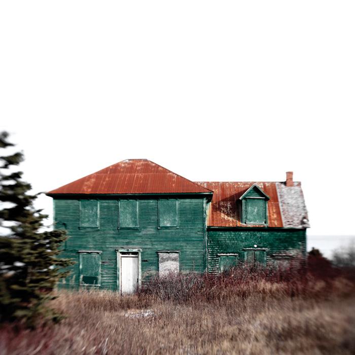 Guillaume D. Cyr, Maison No. 17, Cap-des-Rosiers, 2010, projet Gaspésie human less partie 1. © Guillaume D. Cyr