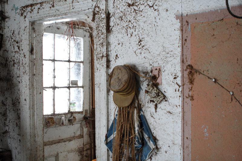 Yana Ouellet, Maison No. 46, Nouvelle, Intérieur 1/5, 2010, projet Gaspésie human less partie 1. © Yana Ouellet