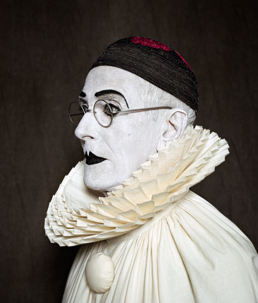 Arnaud Maggs, After Nadar: Pierrot Turning, 2012, © Estate of Arnaud Maggs, courtesy of / permission de Susan Hobbs Gallery, Toronto. © Arnaud Maggs