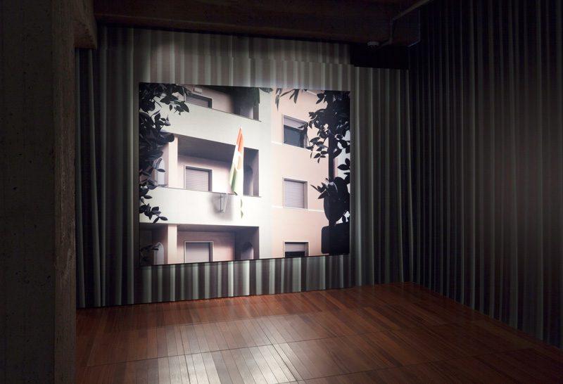 Thomas Demand, Embassy I, 2007, Diasec, vue de l'installation. © Thomas Demand