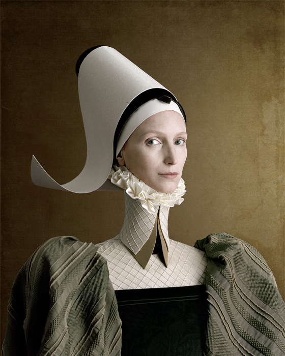 Christian Tagliavini, Ritratto di signora in verde [portrait d'une dame en vert], 2010, from the series / de la série 1503, digital prints / impressions numériques, 160 x 128 cm