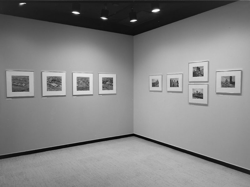 New Topographics: Photographs of a Man-Altered Landscape, 1975, vues de l'exposition / exhibition views, George Eastman House, Rochester, N. Y.