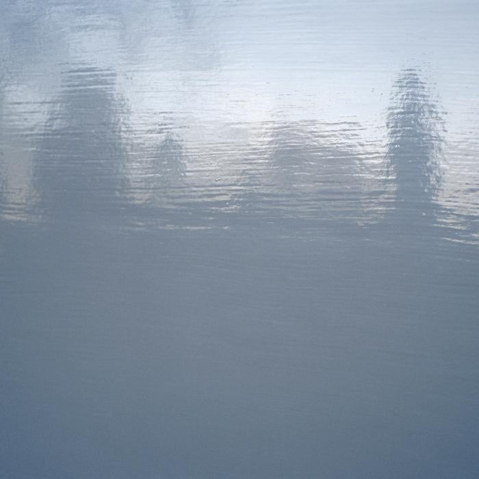 Until Later Doesn't Always Come ; Will We Forget the Way It Really Is, 2010, tirages numériques montés sous plexiglass / digital prints under Plexiglas, 122 x 151 cm ; 151 x 151 cm