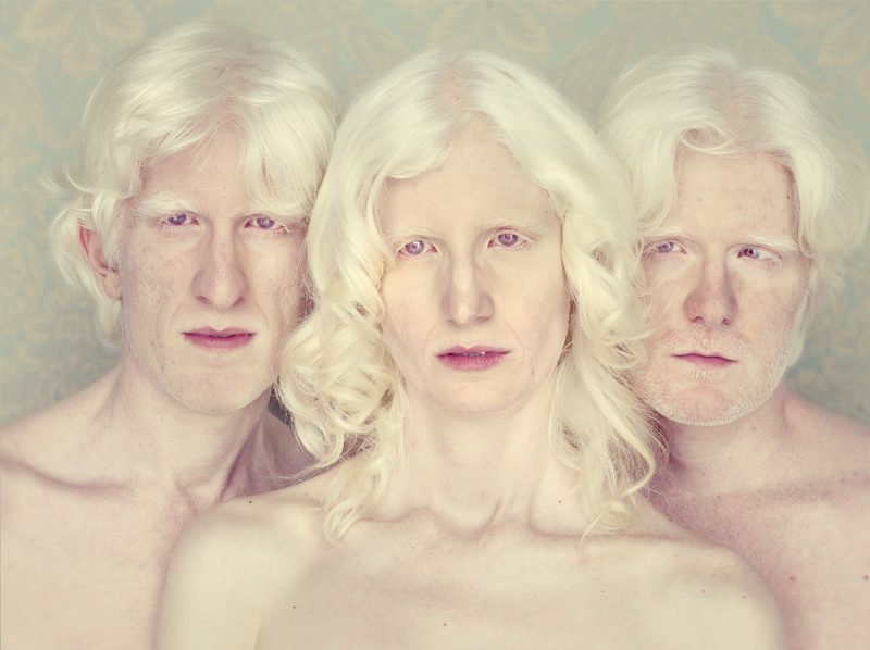 Gustavo Lacerda, Marcus, Andreza and André, from the series / de la série Albinos, 2014