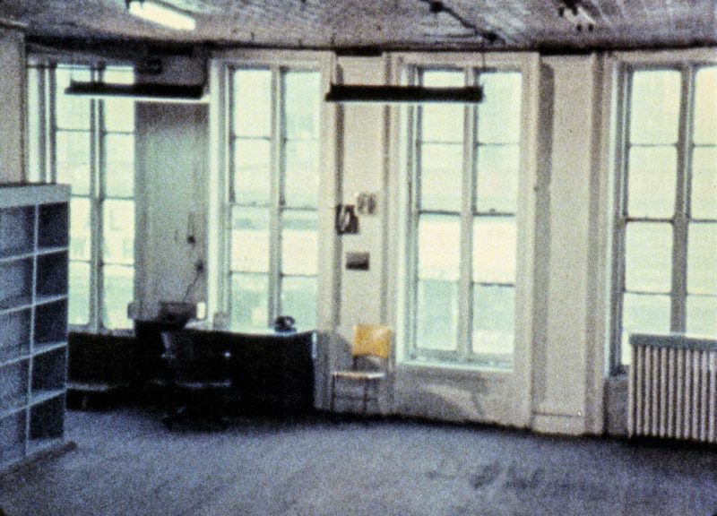 Michael Snow, Wavelength, 1967, still image / image fixe, 16 mm film, colour, sound / film 16 mm, couleur, son, 45 min