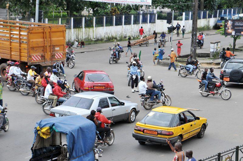 Nicolas Eyidi, Carrefour des Deux Eglises, Akwa, Douala, non daté / Undated