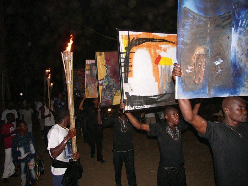 Christian Hanussek, Collectif Autodafé Ring Douala / Bonendale performance organisée pendant le / performance organized during the sud salon urbain de Douala, 2007