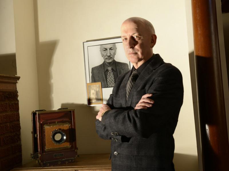 Chuck Samuels et Gabor Szilasi, Dans l'œil de l'autre, 2013, diptyque, boîtes lumineuses, impression sur film rétroéclairé, 166 x 123 cm chacune / each