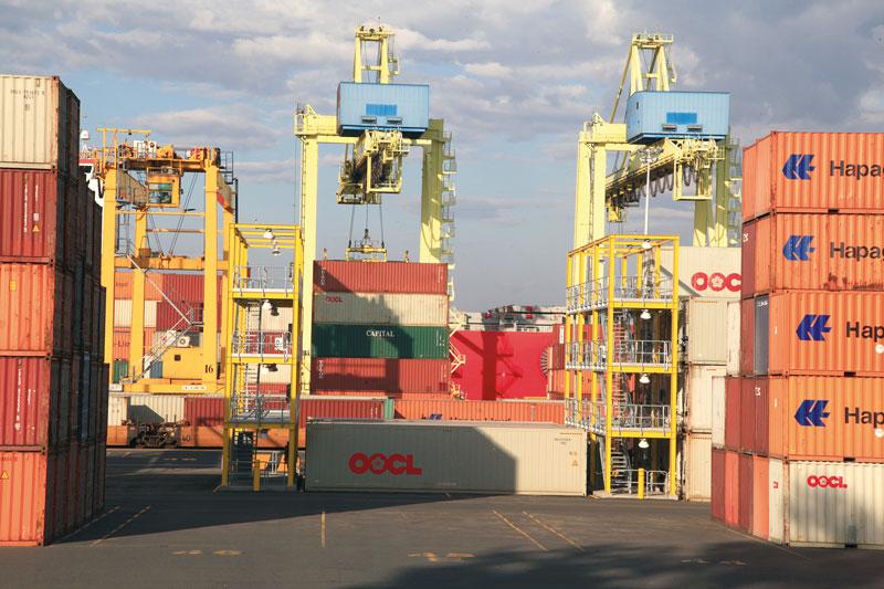 Robert Walker, Container depot, rue Notre-Dame est, 2013