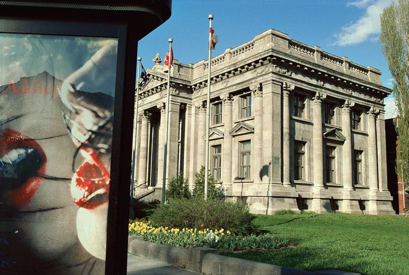 Robert Walker, Bibliothèque Maisonneuve, rue Ontario est, 2002