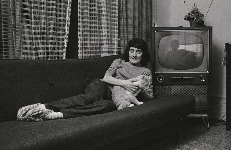 Roger Charbonneau, Famille Fergalino, rue Marie-Anne, Montréal, 1973, épreuves argentiques / silver prints