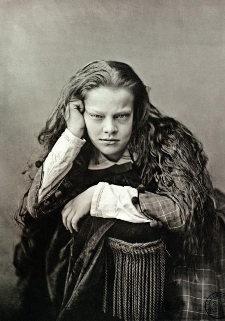 Tessié Du Motay et Maréchal, Portrait de femme, premier essai de phototypie / first trial in collotype, 1866, Collection Société française de photographie, Paris