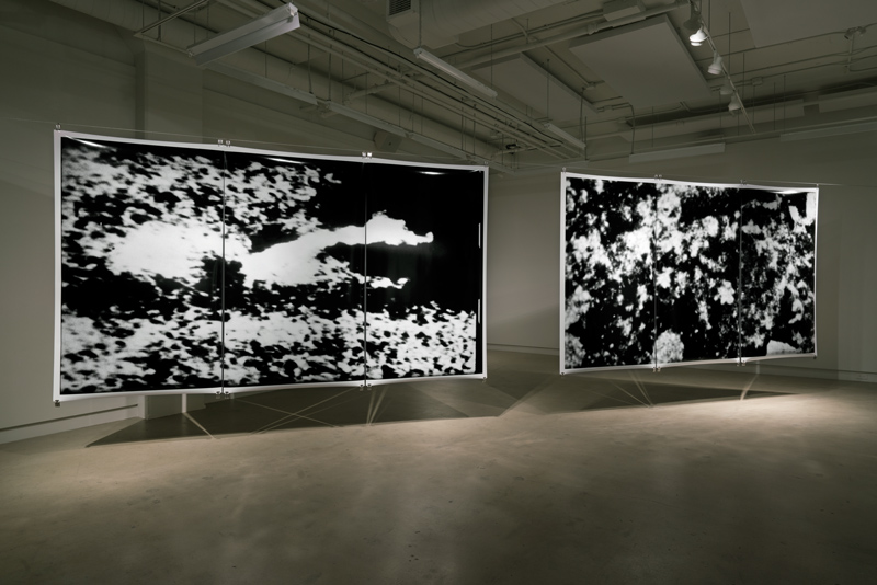 Joan Fontcuberta, Sans titre de la série / from the series Blow Up Blow Up, 2016, épreuves au jet d'encre / inkjet prints, 240 × 360 cm, avec vidéo / with video, 3 min