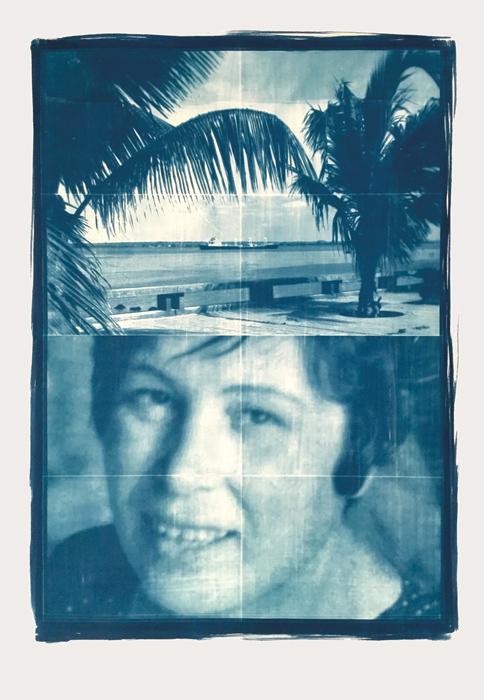 Délio Jasse, A Minha Casa, 2016, cyanotypes sur papier / on paper, 99 × 70 cm, permission / courtesy Tiwani Contemporary