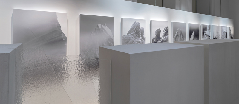 Jocelyne Alloucherie, Brumes, 2010, inkjets, wood and glass, photo: Guy L'Heureux