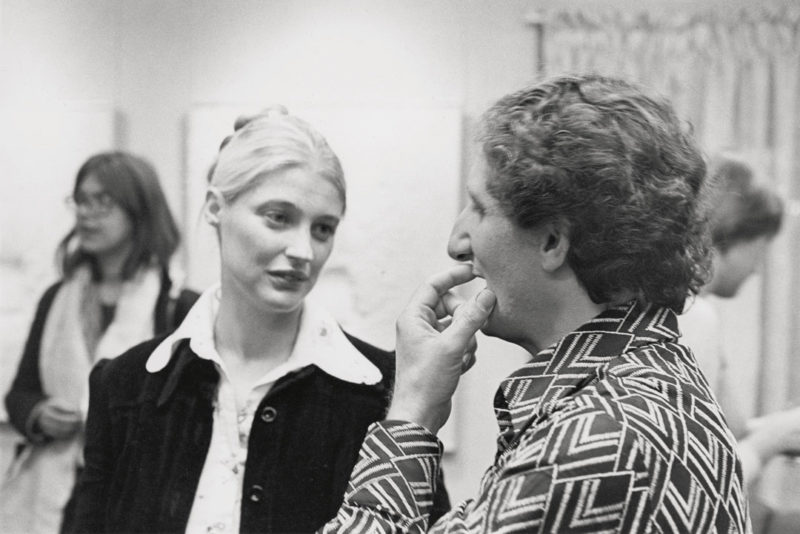 Gabor Szilasi, Irene F. Whittome and Guido Molinari at the opening of the Irene F. Whittome exhibition at the Galerie Martal, Montreal, October 1973 / Irene F. Whittome et Guido Molinari au vernissage de l'exposition d'Irene F. Whittome à la Galerie Martal, Montréal, octobre 1973