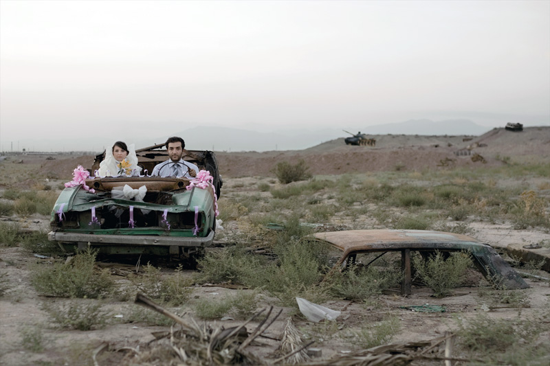 Gohar Dashti, Sans titre / Untitled, de la série / from the series La Vie moderne et la guerre / Modern Life and War, 2008