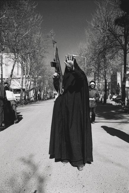 Kaveh Kazemi, Sans titre, Téhéran, 12 février 1979 / Untitled, Tehran, February 12, 1979