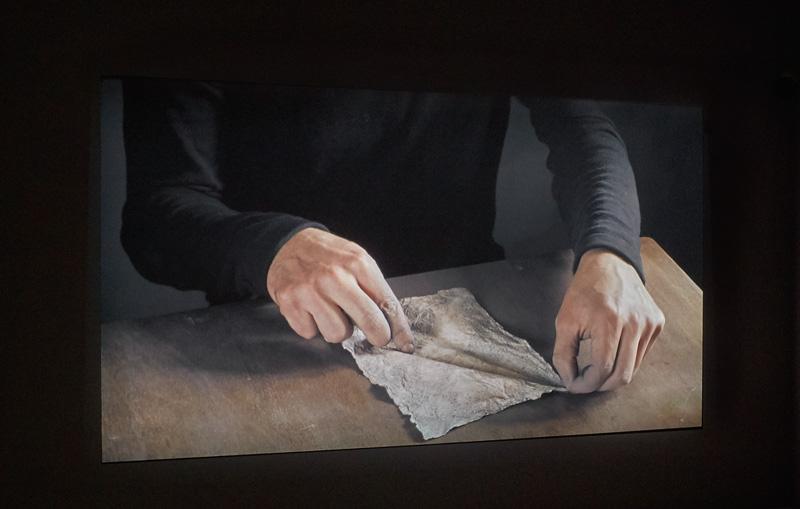 Ismaïl Bahri, Ligne, 2011, vidéo HD 16/9, couleur, silencieux, 1 min, en boucle, permission des galeries Les Filles du Calvaire, Paris, et Selma Feriani, Londres et Tunis