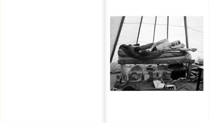 Kristine Potter, Manifest, TBW Books, Oakland, 2018, 92 p., 48 duotones